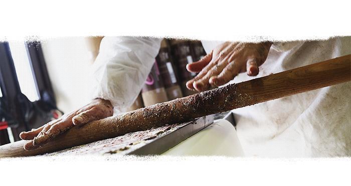 Les phases de production du saucisson au chocolat
